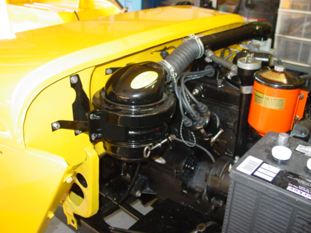 Jeep Oil Bath Air Cleaner : Reassembly